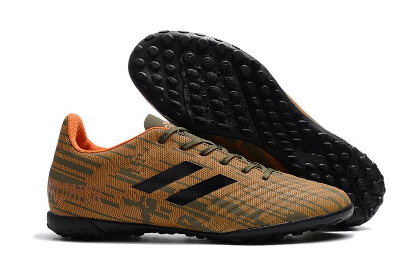 65ac2cbfa 2018 Original Soccer Cleats Predator Tango 18.4 TF Mens Turf Soccer Shoes  Indoor Football Boots Botas De Futbol Size  39-45